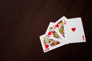 læg kabaler med ægte kort
